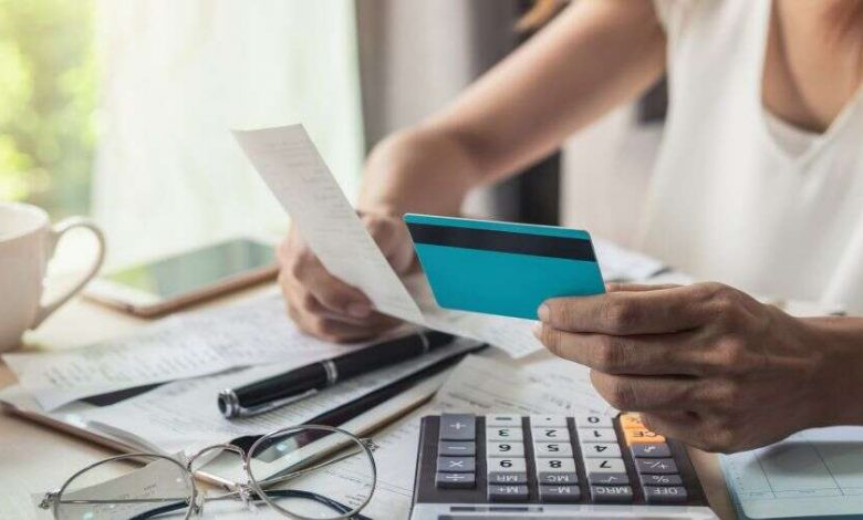 Pros and Cons of a Card Consolidation Loan
