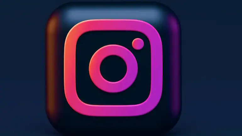 How to Pin Instagram Comments on Instagram